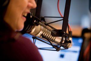 Talk Radio Computer On Air Microphone Talker
